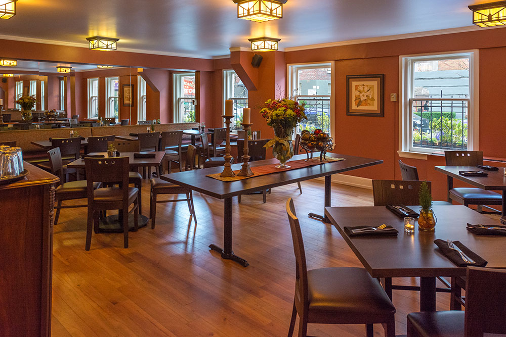 The Rhododendron Cafe dining room